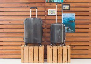 Kinh nghiệm mua vali nhựa dẻo