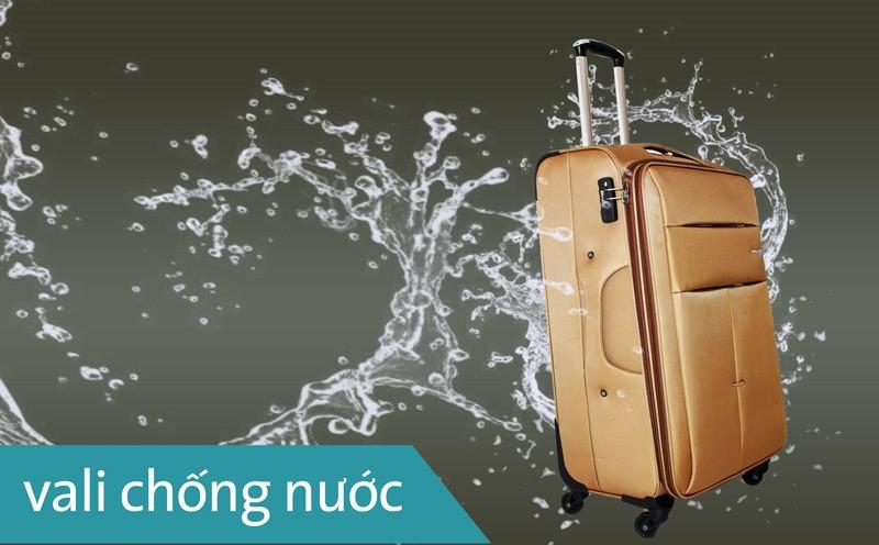 vali kéo chống mưa