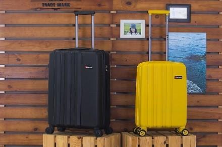 vali kéo sale off