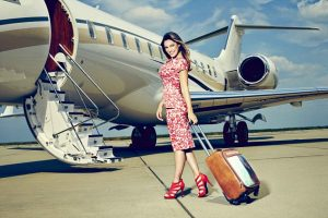 Kelly Brook shows off world's first 'selfie suitcase'